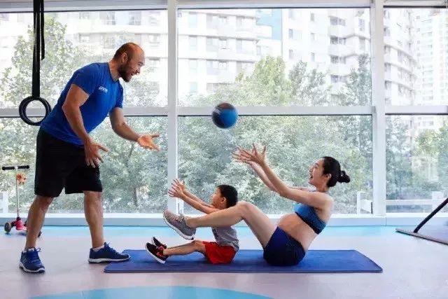 11堂亲子瑜伽课:瑜伽皇后唐幼馨携2宝亲身打造-第9张图片-爱课啦