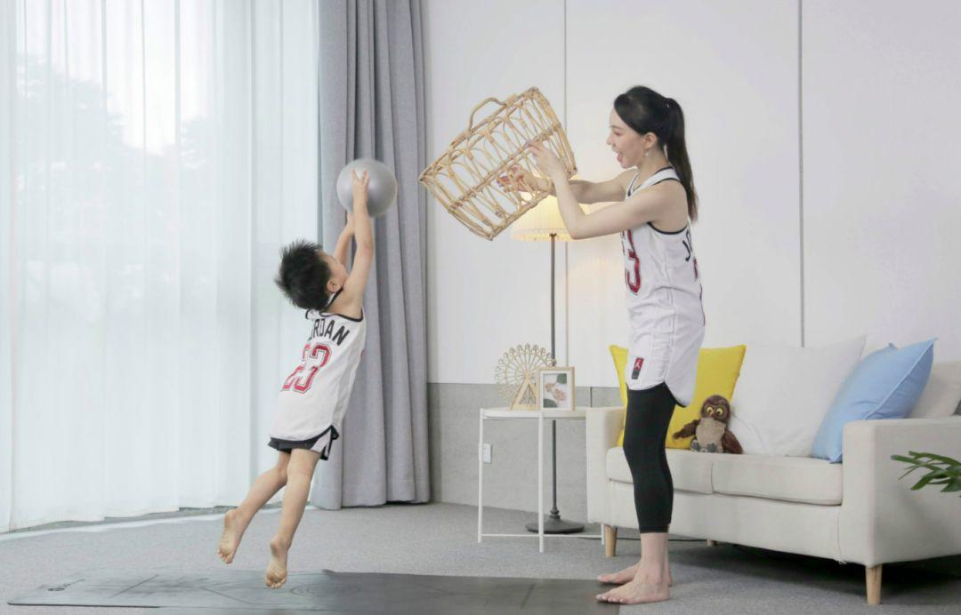 11堂亲子瑜伽课:瑜伽皇后唐幼馨携2宝亲身打造-第15张图片-爱课啦