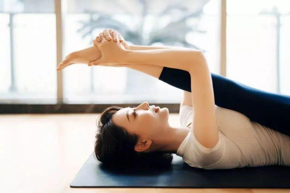 谢娜御用瑜伽导师:古法抗衰瑜伽,塑美体/养五脏/护心神,从根源上抗衰减龄,保持年轻态-第9张图片-爱课啦